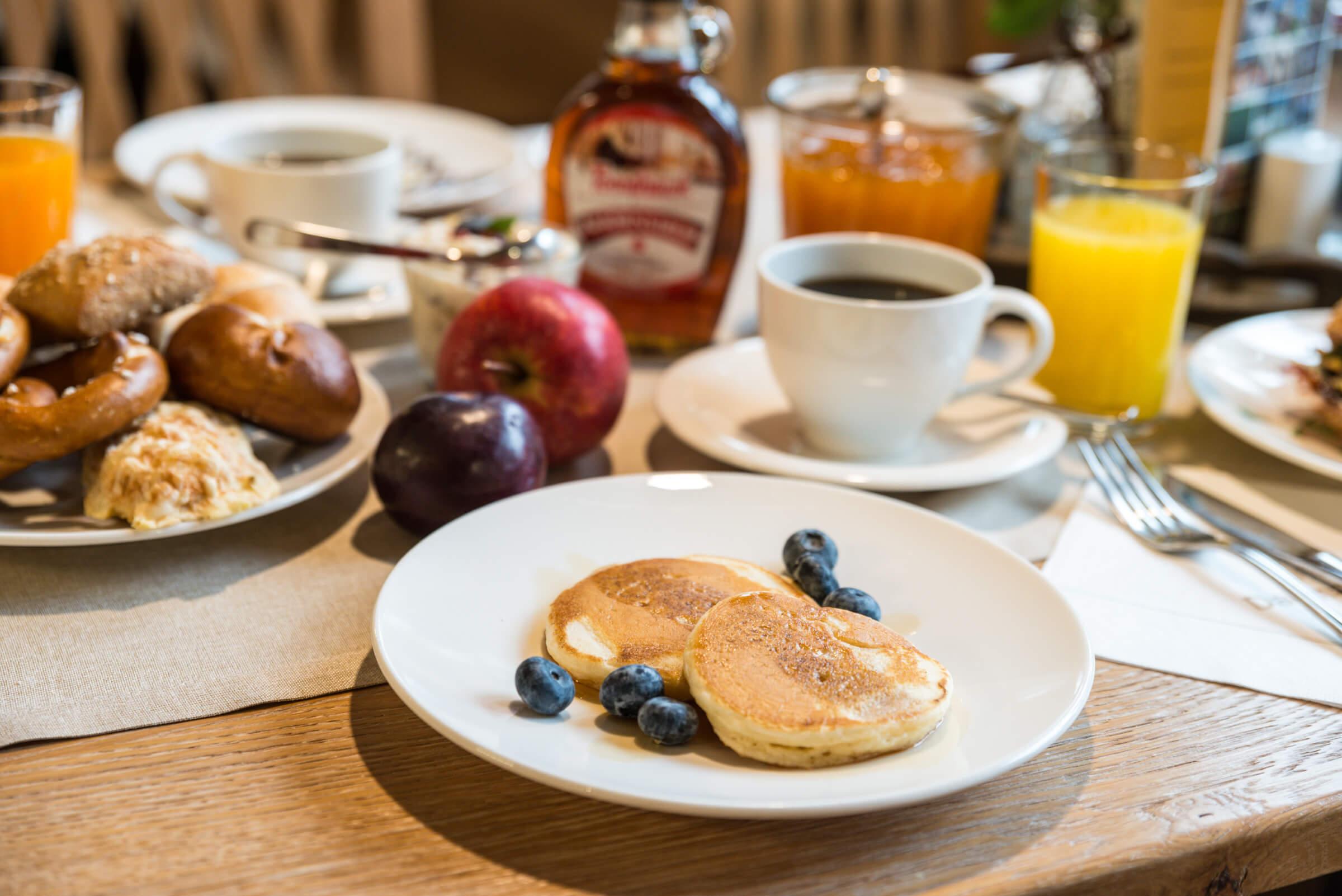 """Frühstück """"BeimSchweizer"""""""